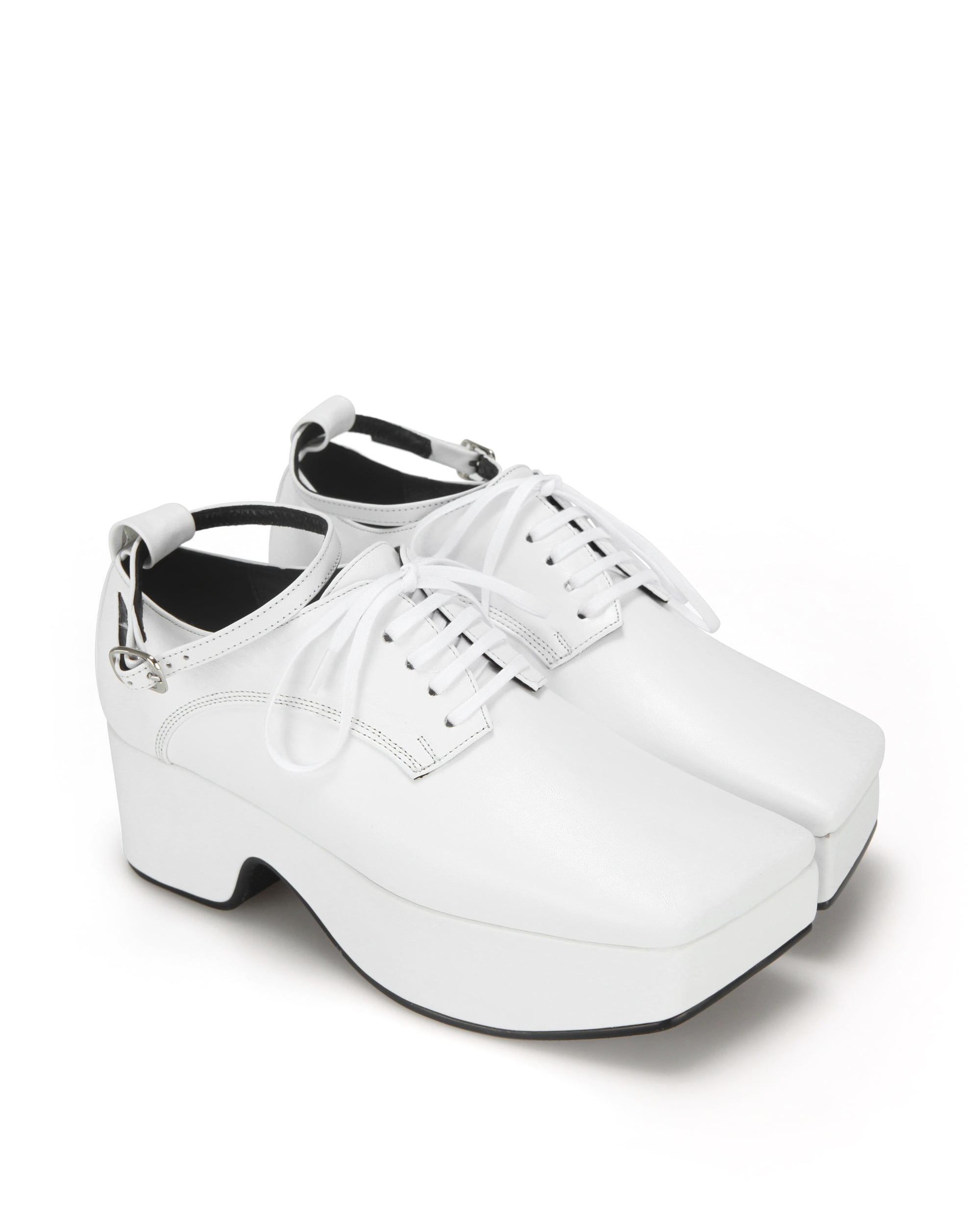 Squared toe derby platforms (+ball chain) | white