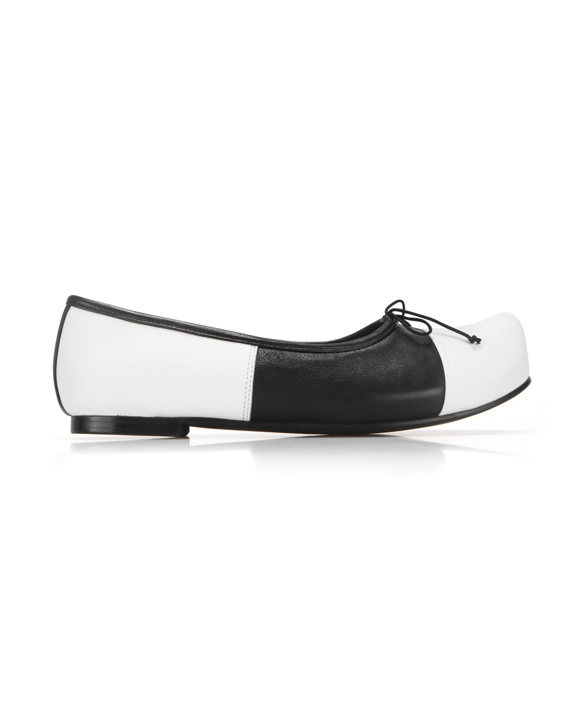 Pointed Toe Ballerina Flats | White/Black